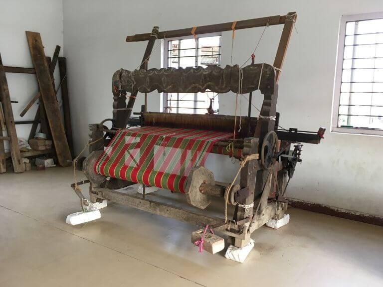 Biswa Bangla Shilpi Haat Handloom Weaving Machine 1