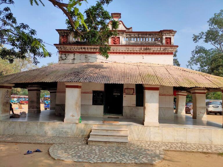 Shiv Mandir near Kankalitala Mandir, Shantiniketan