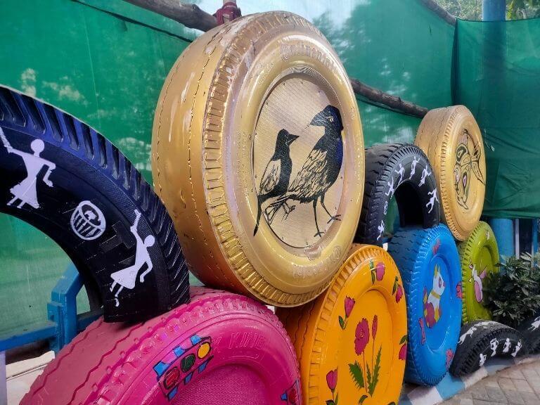 Art Work with Tyres, Kolkata Tyre Park